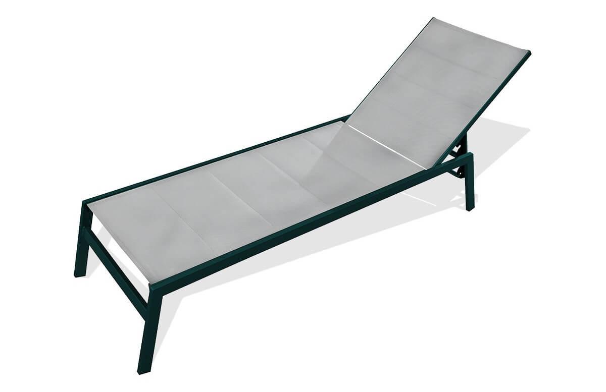 Bain de soleil chaise longue grise