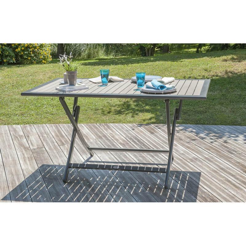 entretien table bois composite table suivez la duune. Black Bedroom Furniture Sets. Home Design Ideas