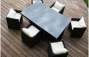 Salon de jardin en résine tressée noir avec 6 fauteuils encastrables noirs