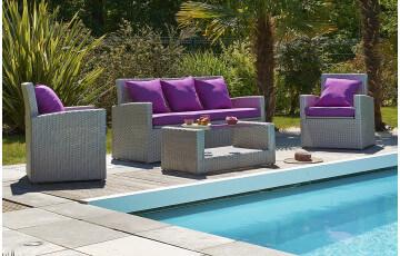 Salon de jardin 5 places avec table basse, canapé 3 places et 2 fauteuils en résine tressée