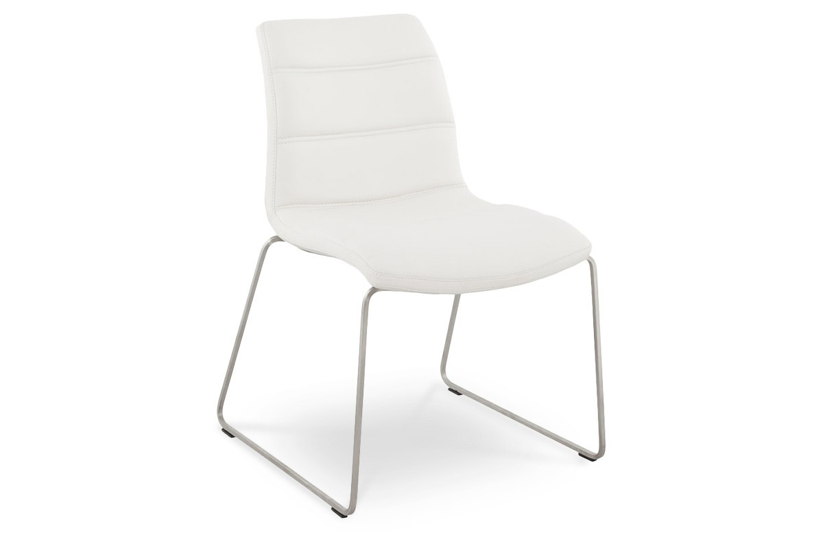 chaise waw en similicuir blanche