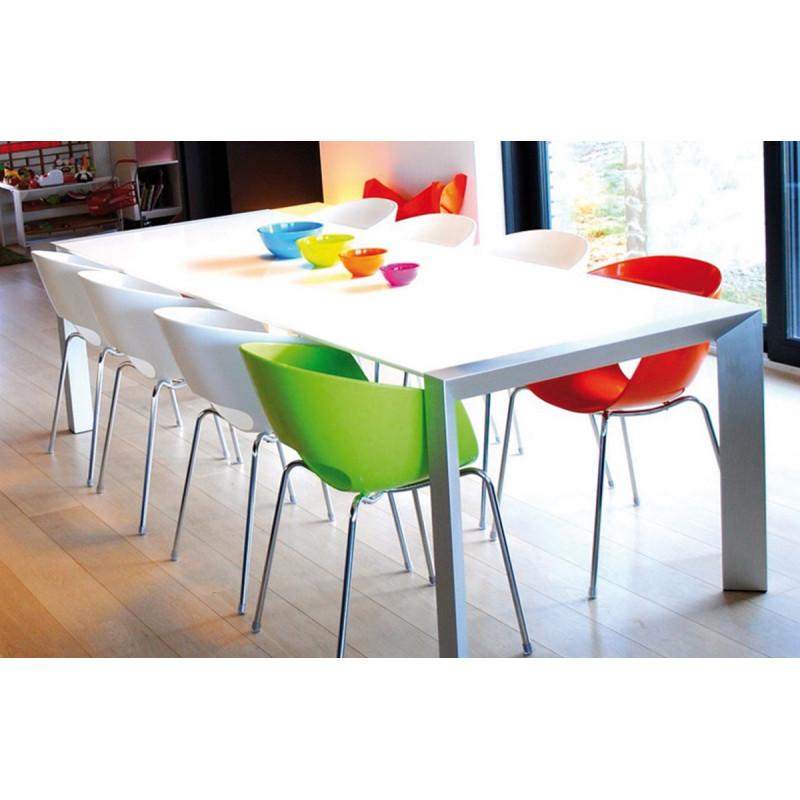 table manger design blanche le r ve chez vous. Black Bedroom Furniture Sets. Home Design Ideas