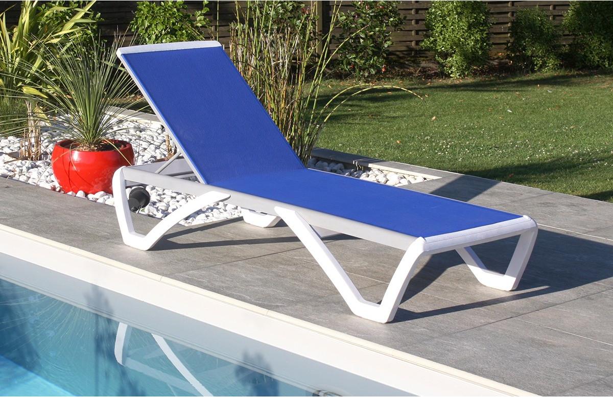 Chaise longue RIGA coloris bleu et blanc