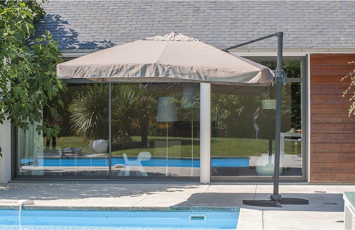 Toile + mat Parasol carré 3 x 3 m avec pied excentré taupe P-04