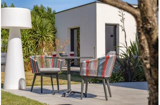 Ensemble table et chaises de jardin en aluminium et corde multicolore 2 personnes City Garden Alana
