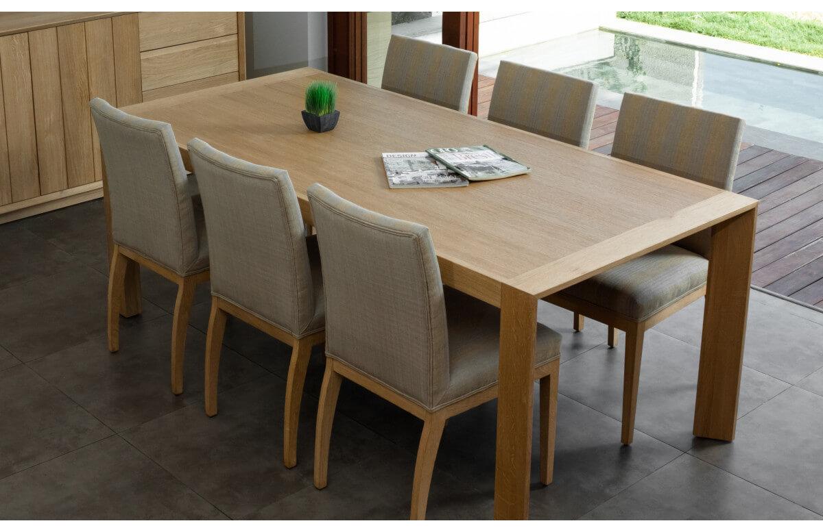 Table salle à manger en chêne naturel brut 8 personnes DELORM