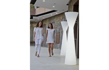 Lampe extérieure sur pied filaire konika 170 blanc NEWGARDEN