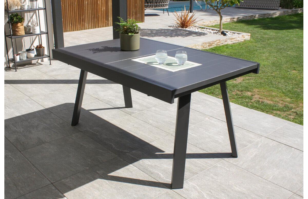 Ensemble table et chaises de jardin extensible en aluminium STOCKHOLM Anthracite 4 personnes DCB GARDEN