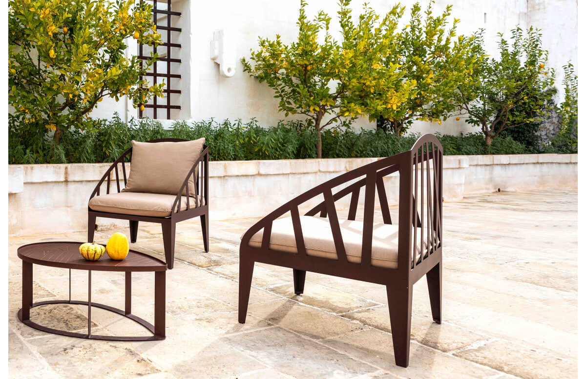 Fauteuil salon de jardin en corten bruni OBLI - TrackDesign par Alessandra Savio