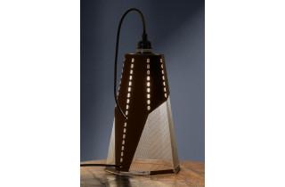 Lampe extérieure à poser en corten et détails en acier inoxydable FRAC - TrackDesign par Giuseppe Pio D'Altilia