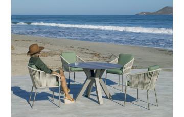 Ensemble table ronde et fauteuils de jardin 4 personnes en aluminium et HPL - Sumatra/tulip - champagne - Hevea