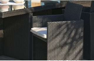 1 fauteuil salon de jardin en résine tressée encastrable DCB Garden noir