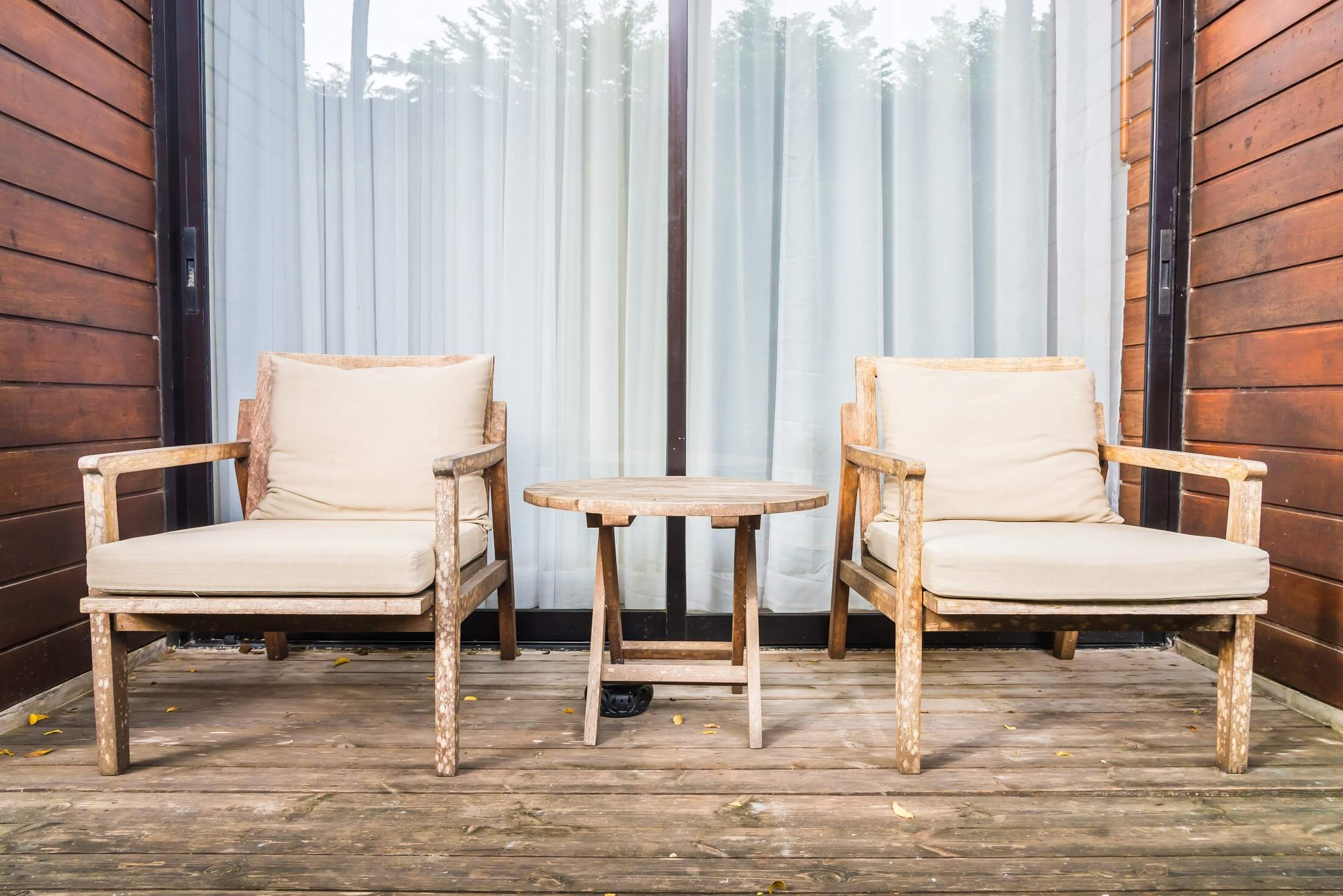 Quel salon de jardin en bois choisir ?